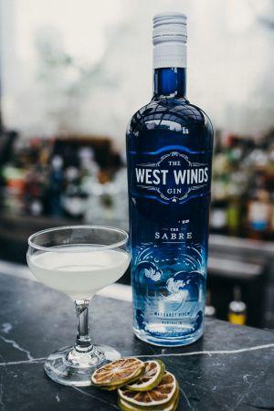 sabre-gin.jpg